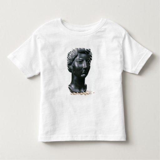 Cabeza de Livia T Shirts