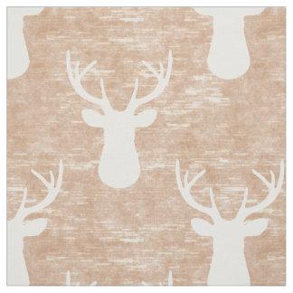 Cabeza de los ciervos en modelo de la corteza telas