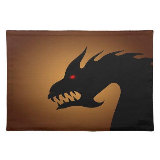 Cabeza de los dragones mantel