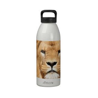 Cabeza de los leones botellas de agua reutilizables