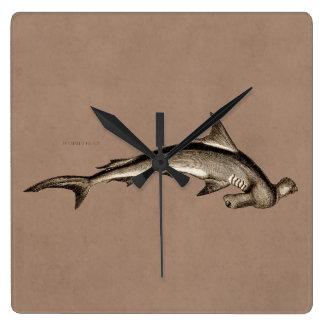 Cabeza de martillo del tiburón de Hammerhead de Reloj Cuadrado