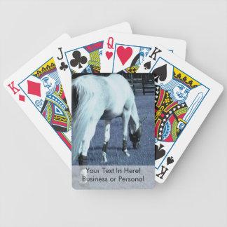 cabeza de pasto azul del caballo blanco abajo en h baraja cartas de poker