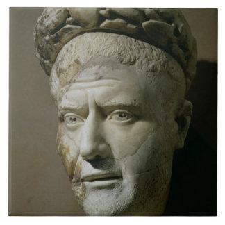Cabeza de Philip el emperador árabe, romano (244-2 Azulejo Cuadrado Grande