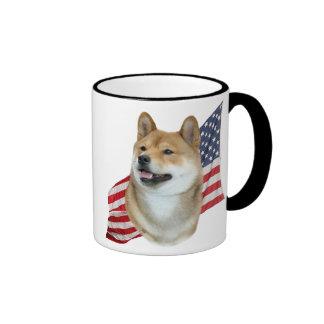 Cabeza de Shiba Inu con la bandera americana Taza A Dos Colores