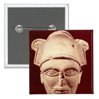 Cabeza de un jefe de Semite con influencia egipcia Pin