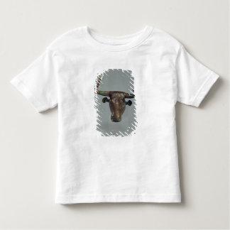 Cabeza de un toro, con la inscripción sumeria remeras