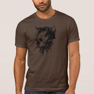 cabeza del cráneo con la pintada del dragón camiseta