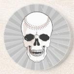 cabeza del cráneo del béisbol posavasos cerveza
