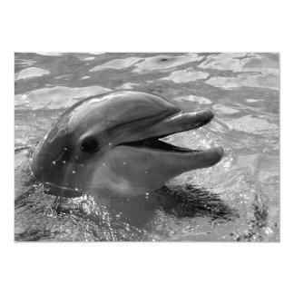 """Cabeza del delfín en blanco y negro abierto de la invitación 5"""" x 7"""""""