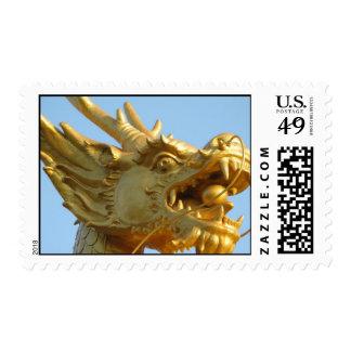 Cabeza del dragón en sello medio