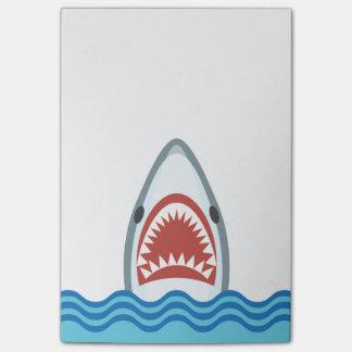 Cabeza divertida del tiburón del dibujo animado notas post-it®