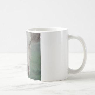 Cabeza grande de la vaca taza de café