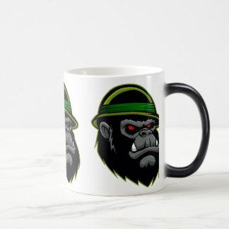 Cabeza militar del gorila taza mágica
