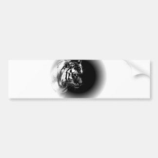 Cabeza negra y salvaje del tigre pegatina de parachoque