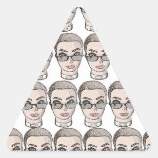 cabeza pegatina triangular