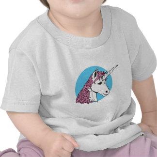 cabeza púrpura/rosada del unicornio de la melena camisetas