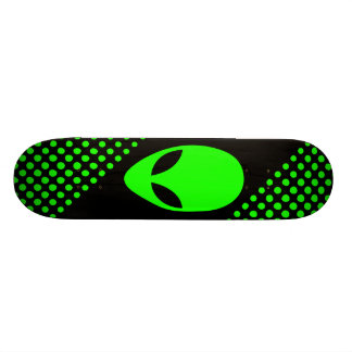 """Cabeza verde de neón del extranjero de espacio patineta 7 3/4"""""""