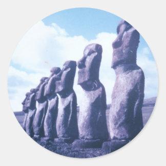 Cabezas de Moai de la isla de pascua Pegatina Redonda