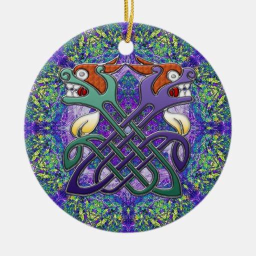 Cabezas partidas del diseño céltico adorno navideño redondo de cerámica