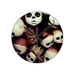 Cabezas pintadas de la muñeca relojes de pared