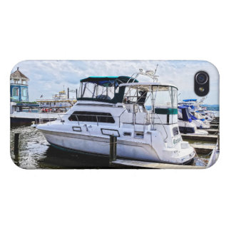 Cabin Cruisers by Founders Park Alexandria VA iPhone 4 Cases