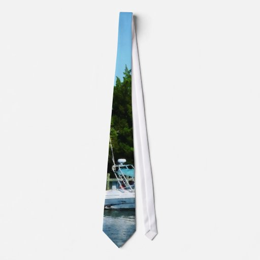 Cabin Cruisers Tie