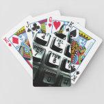 Cabina de teléfono baraja cartas de poker