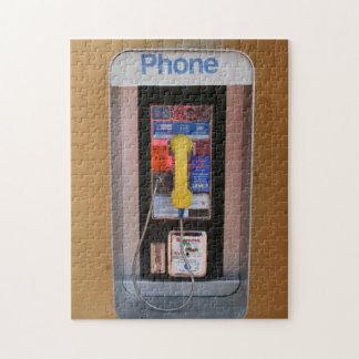 Cabina de teléfono/teléfono público público rompecabeza con fotos