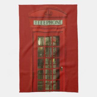 Cabina de teléfonos roja del vintage toallas