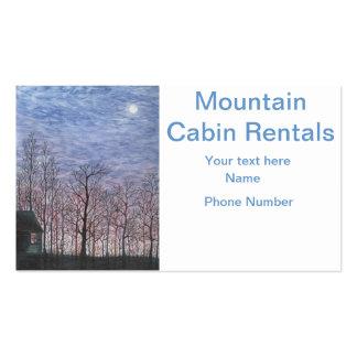 Cabina iluminada por la luna en invierno tarjetas de visita