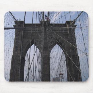 Cables del puente de Brooklyn Tapetes De Ratón