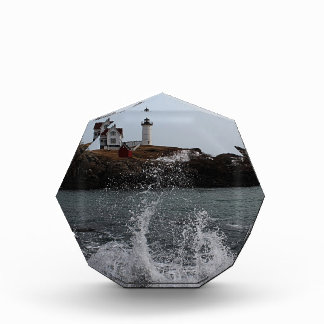 Cabo Neddick/luz de la protuberancia pequeña