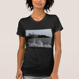 Cabo Neddick/luz de la protuberancia pequeña Tshirt