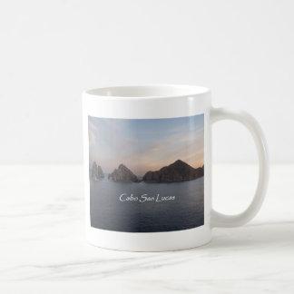 Cabo San Lucas en la puesta del sol Taza