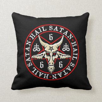 Cabra de Satan Baphomet del saludo en Pentagram Cojín Decorativo