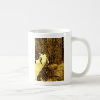 Cabra del tono de la sepia taza clásica