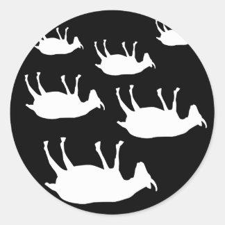 Cabras de desfallecimiento pegatina redonda