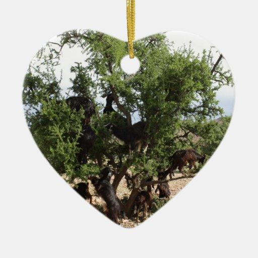 Cabras en los árboles - árboles del Argan, Adorno Navideño De Cerámica En Forma De Corazón