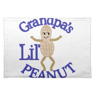 Cacahuete de Lil del abuelo Manteles