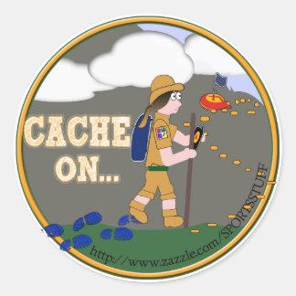 CACHE ON! GEOCACHING CHICK GIRL BRUNETTE CLASSIC ROUND STICKER