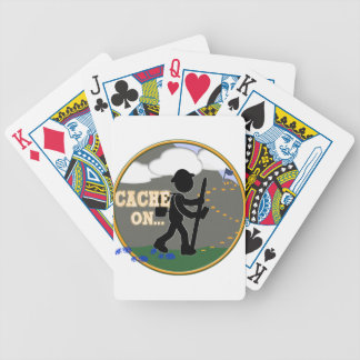CACHE ON! GEOCACHING MOTTO RND BICYCLE PLAYING CARDS
