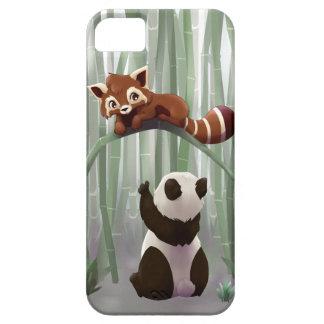 Cachorro de la panda roja y de oso de panda iPhone 5 Case-Mate funda