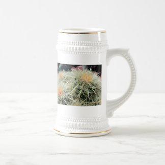 Cactus de barril espinoso jarra de cerveza