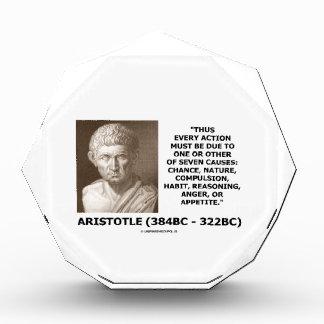 Cada acción debe la deuda una siete causas Aristót