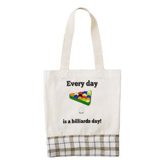 Cada día es un día de los billares bolsa tote zazzle HEART