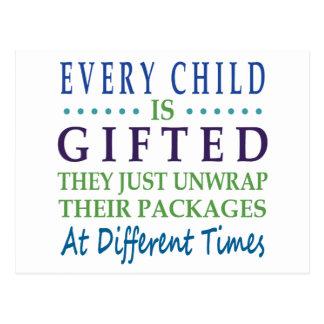 Cada niño autístico es dotado postales