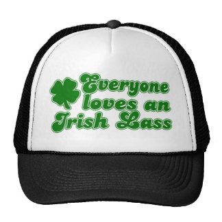 Cada uno ama a la muchacha irlandesa gorra