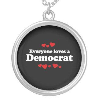 Cada uno ama a un Demócrata - Joyeria Personalizada