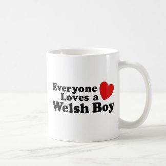 Cada uno ama a un muchacho Galés Taza Clásica