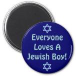 Cada uno ama a un muchacho judío imán de frigorífico